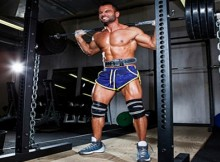 Squat-With-Chains